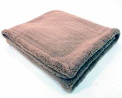 Одеяло верблюжье Караван цельношерстяное 140×205