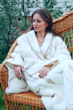 Мериносовый халат меховой с кармашками