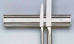 Магнитная подвеска для ножей